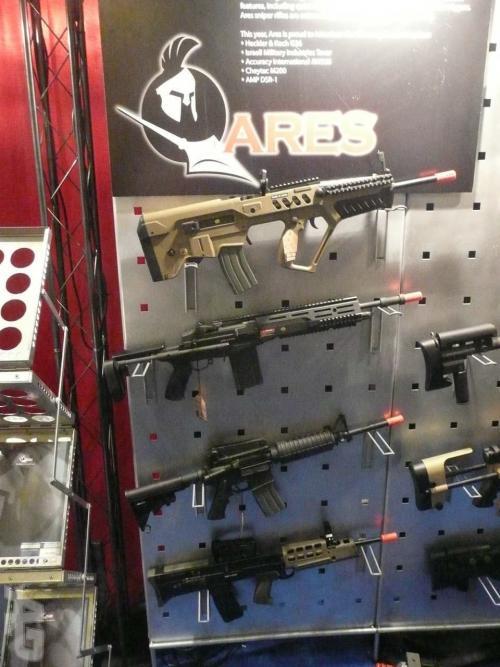 страйкбольное оружие от ARES линейки 2010 AEG