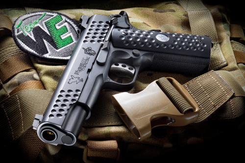WE KnightHawk GBB пистолет